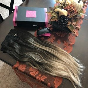 Bellami 220g 22inch Ombré Extensions w/ Ponytail